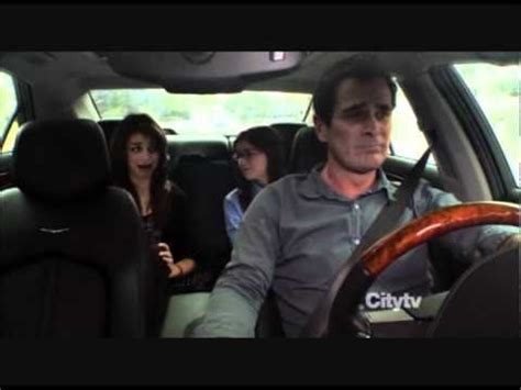 Phil Dunphy crying - YouTube