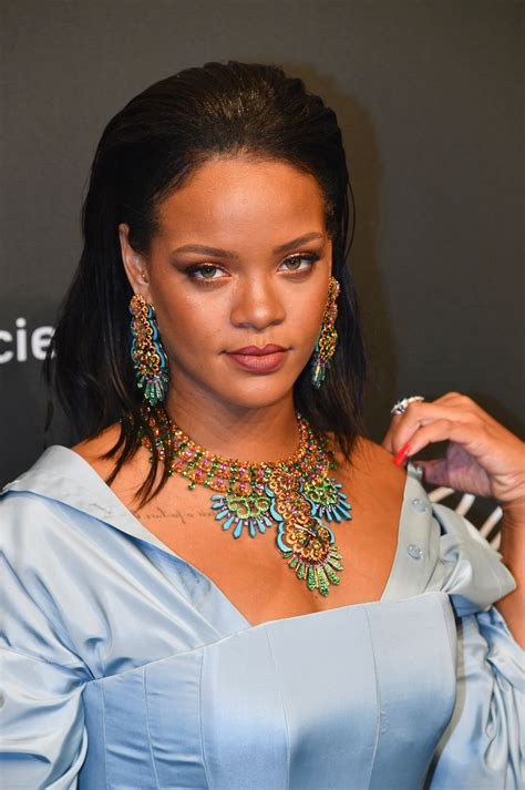 Rihanna Was Fat-Shamed Online And The Response Was Epic