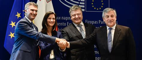 Visa-free regime for Ukraine with EU finally approved in