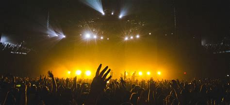 Entertainment, Modern Worship and What God Really Desires