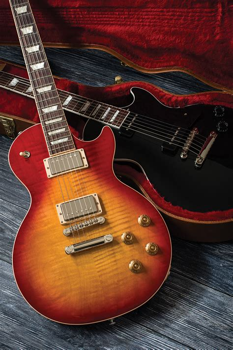 Gibson 2018 Les Paul Classic & Traditional - The Guitar