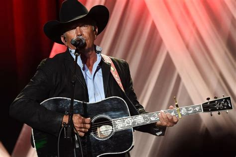 Biography of Country Music Legend George Strait