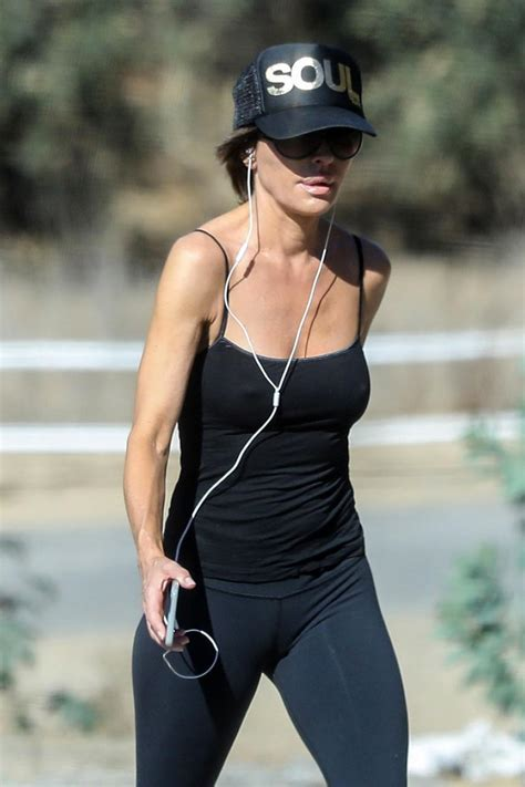 Lisa Rinna Nipples Visible Through Her Top ! - Scandal Planet