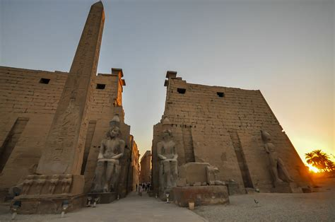 The remaining obelisk and the two 25m