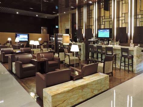 Lounge Review: Singapore Airlines First Class Lounge – SIN
