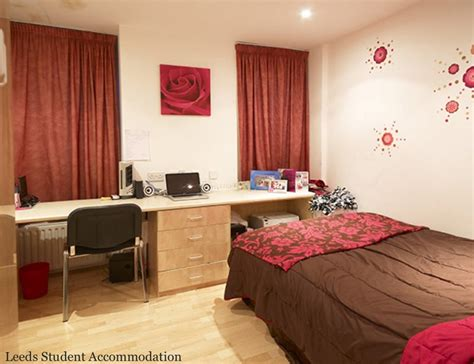 'Eldon Court Studio Available ' Room to Rent from SpareRoom