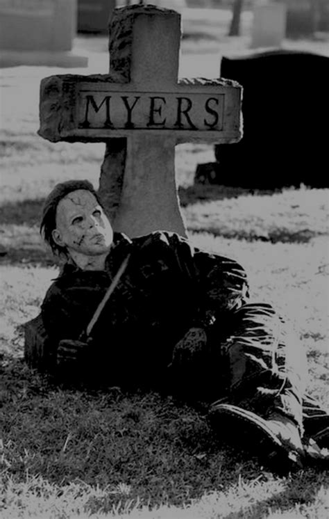 Michael Myers Tombstone Pictures, Photos, and Images for
