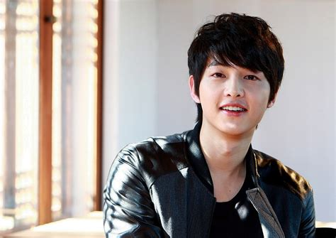 Korean Actor Song Joong Ki Picture Gallery